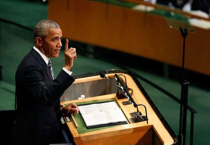 En la tribuna de la ONU, el presidente de EU, Barack Obama, hizo un recuento de los últimos ocho años de su gobierno, en los cuales destacó el acercamiento con Cuba, el acuerdo de paz con Colombia y la recuperación de la economía global. (AP Photo/Julie Jacobson)