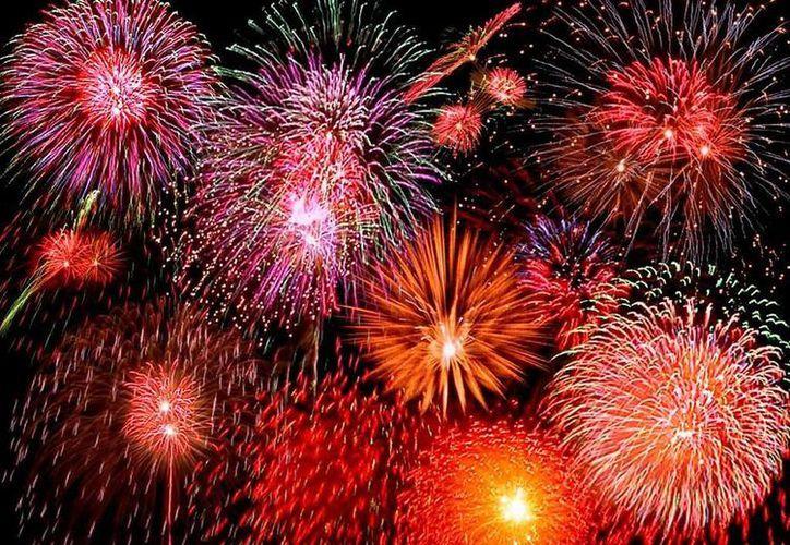 En Estados Unidos está muy arraigada la costumbre de los fuegos artificiales para conmemorar la independencia del país. (Agencias)