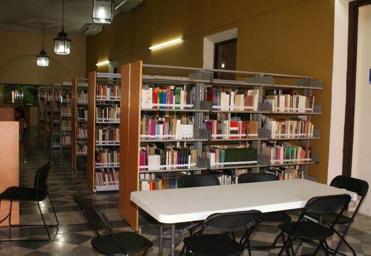 Sala de la biblioteca Modelo, en Progreso. (Manuel Pool/SIPSE)