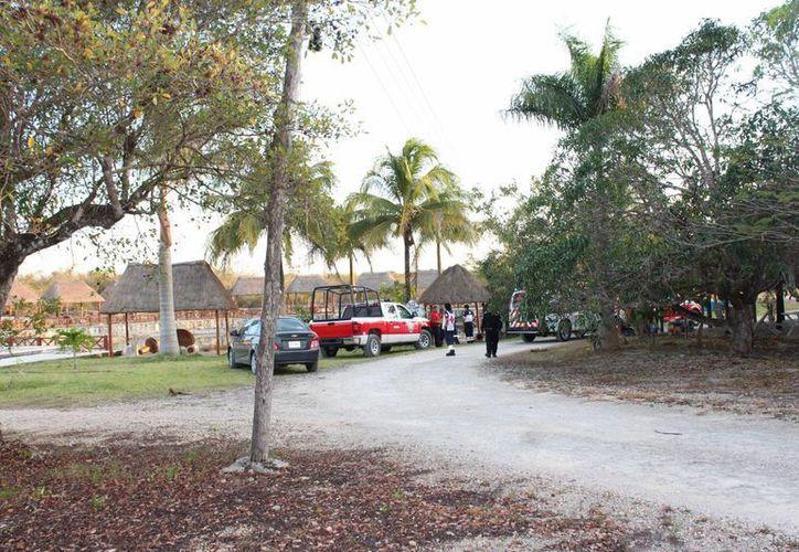 La búsqueda del muchacho extraviado ayer en un cenote cerca de Leona Vicario, continuará este lunes. (Redacción/SIPSE)