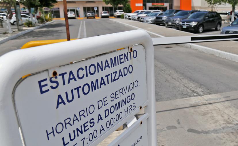 Además del crecimiento vertical, el PDU contempla la construcción de más estacionamientos. (Jesús Tijerina/SIPSE)