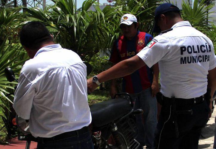 En las colonias Adolfo López Mateos, Proterritorio, Solidaridad, Barrio Bravo, Centro,fraccionamientos Caribe y Las Américas, se presentan los atracos. (Archivo/SIPSE)