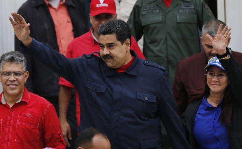 El presidente de Venezuela asegura que se mantendrá en el poder pese a los intentos de la oposición por revocar su mandato. (AP)
