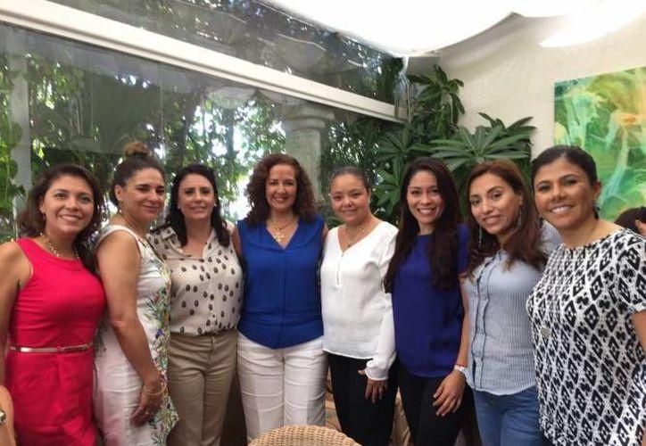 La Asociación Mexicana de Mujeres Empresarias le otorgó el premio a una destacada mujer de Cancún. (Archivo/SIPSE)