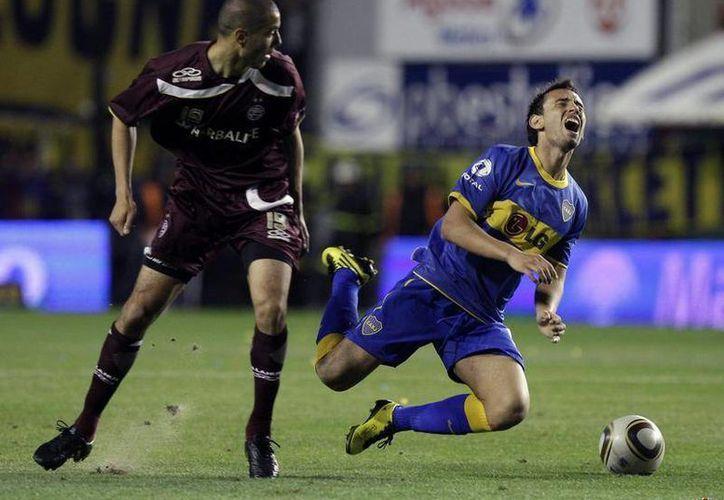 Guido (i) jugará ahora con los ofensivos Damián Álvarez, Lucas Lobos y Emanuel Villa. (newshopper.sulekha.com)