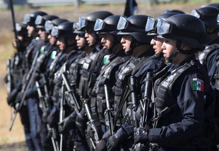 """Guillermo Anaya confió en que a finales de 2014 se tenga 100 por ciento de policías y Ministerios Públicos evaluados, toda vez que """"no habrá una aplazamiento más"""". (Archivo SIPSE)"""