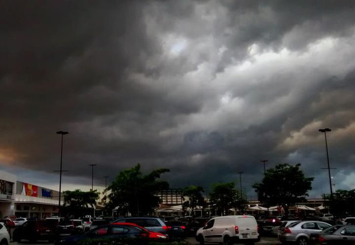 Se anticipa Quintana Roo a la llegada de fenómenos meteorológicos con programas de prevención. (SIPSE)