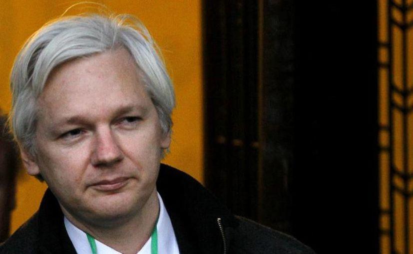 Assange explicó que los mensaje están en su poder gracias a una solicitud oficial que hizo ante la agencia del servicio secreto británico. (Archivo/AP)