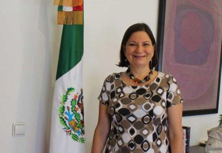 Martha Bárcena tiene estudios de Filosofía por la Universidad Pontificia Gregoriana. (vanguardia.com)
