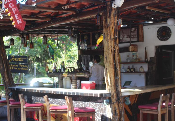 En el municipio de Tulum hay interés de la población para emprender negocios en diferentes giros. (Sara Cauich/SIPSE)