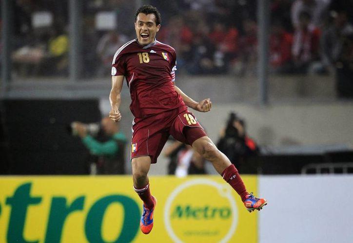 Juan Arango, máximo goleador en la historia de la Selección de Venezuela, no jugará más para ella pues anunció su retiro. (panamericanworld.com)