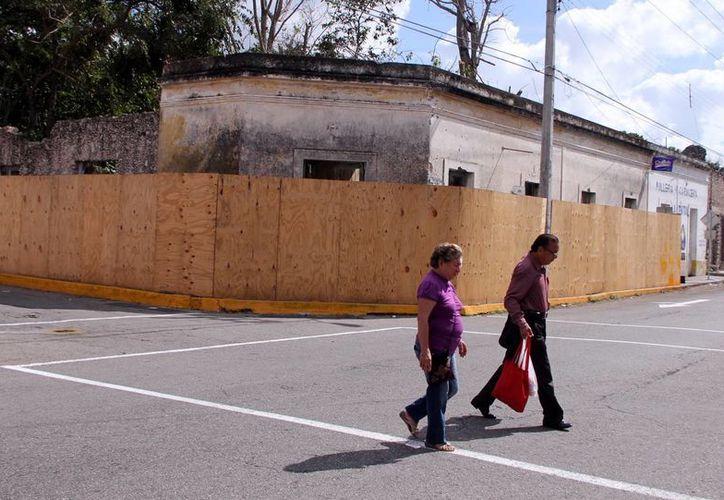 El Ayuntamiento de Mérida, a través de la Dirección de Gobernación, identificó 501 predios antiguos del Centro Histórico considerados peligrosos para la población. (Milenio Novedades)