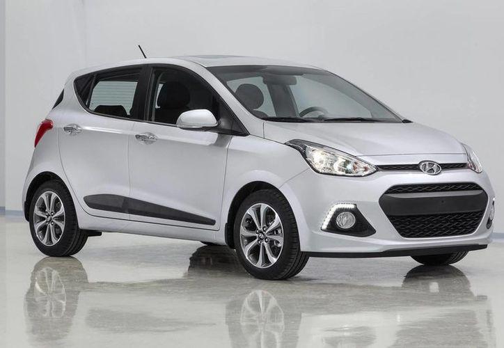 Para este primer año de operaciones en el país Hyundai prevé la venta de ocho mil vehículos de los modelos Grand i10, Elenetra y del crossover ix35. (icicilombard.com)