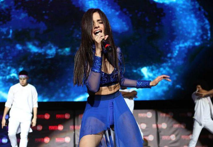 La cantante Camila Cabello dejará la agrupación Fifth Harmony para poder continuar con su carrera musical como solista.(Archivo/SIPSE)