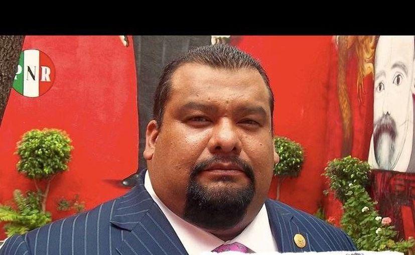 Diputados del PRD denunciaron ante el Instituto Electoral del DF al expresidente del PRI capitalino, Cuauhtémoc Gutiérrez, por posible desvío de recursos públicos. (Facebook/Cuauhtemoc Gutierrez de la Torre)