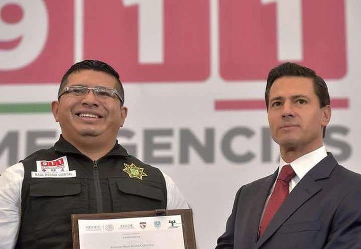En un evento presidido por el presidente Enrique Peña y al que asistió el Gobernador de Yucatán, seis agentes de la SSP fueron reconocidos en la Ciudad de México. (Foto cortesía)