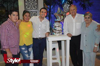 Festeja sus 40 años Adrián López