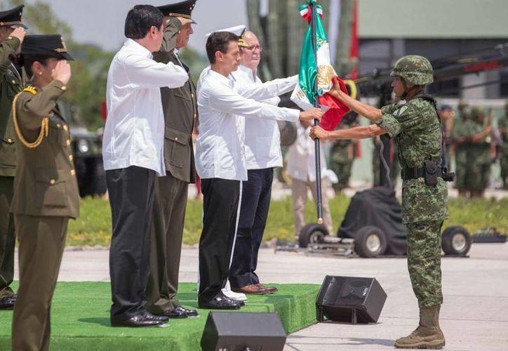 Peña Nieto pidió a las Fuerzas Armadas mantener una conducta ejemplar. (Presidencia)
