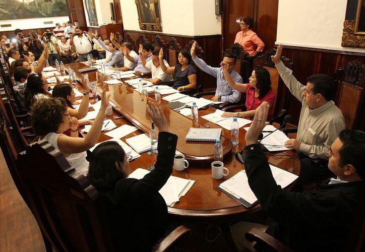 La aprobación del subsidio a las empresas fue por mayoría. (Christian Ayala/SIPSE)