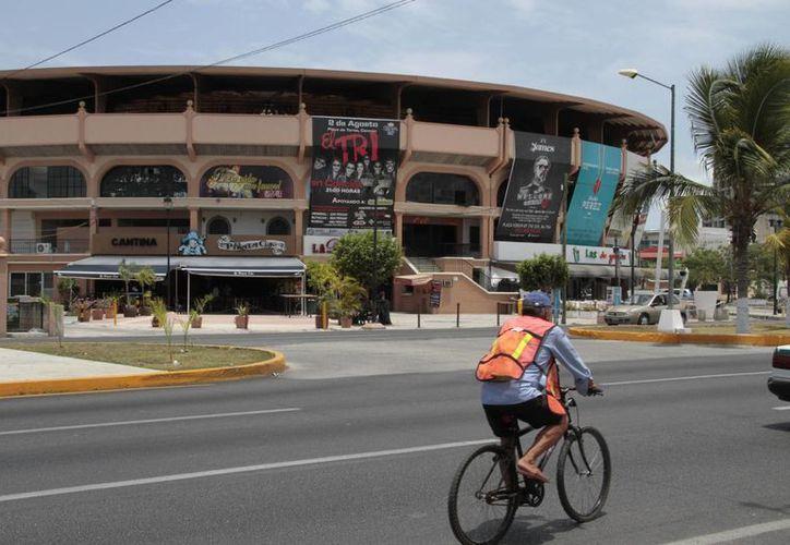 La Plaza de Toros se encuentran al día con su Licencia de Funcionamiento 2014. (Redacción/SIPSE)