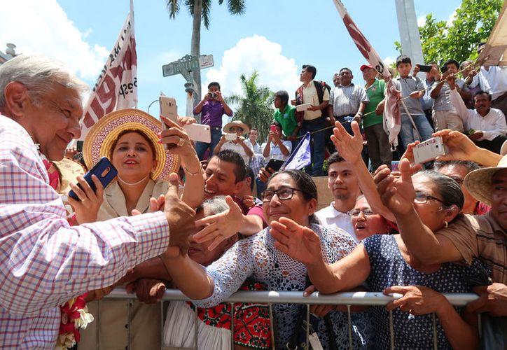 Andrés Manuel López Obrador reiteró que el objetivo del movimiento que encabeza es el de combatir la corrupción. (Notimex)