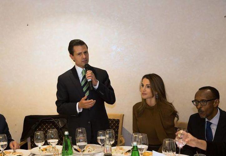 Peña Nieto impondrá en Cuba la Orden del Águila Azteca al presidente de Uruguay, José Mujica. (Presidencia)