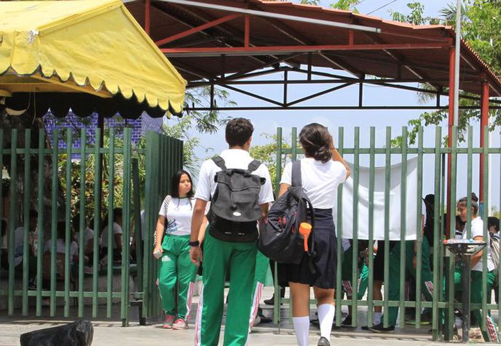 El próximo 21 de agosto se tiene programado el reinicio de las clases para el periodo escolar 2017-2018. (Joel Zamora/SIPSE)