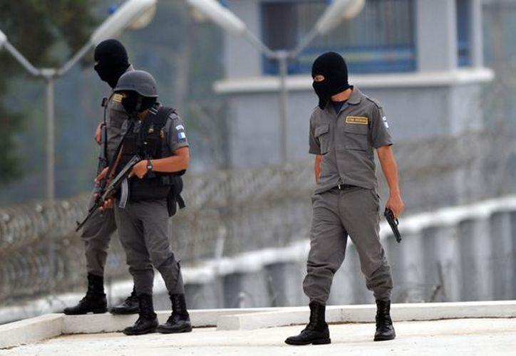 El Ministerio de Gobernación envió fuerzas especiales de la policía. (infosurhoy.com)