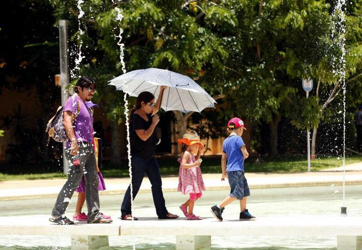 Ayer viernes los termómetros registraron una máxima de 36.2 grados en Mérida. (SIPSE)