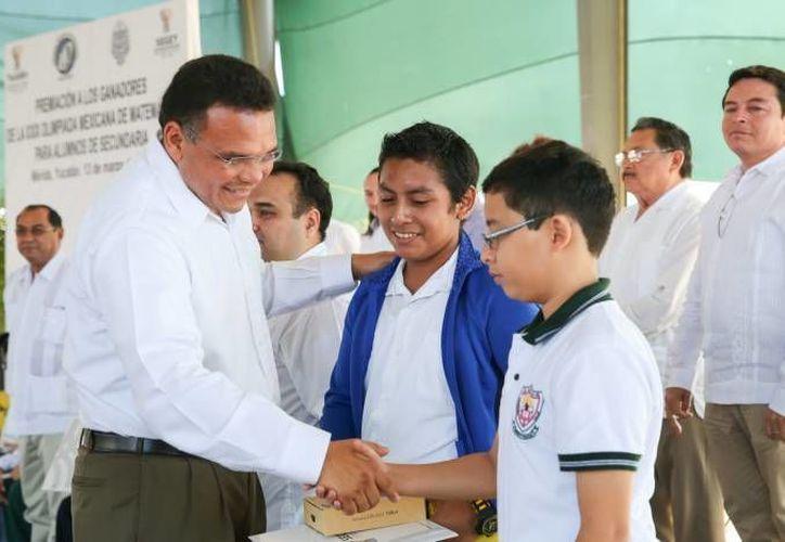 El gobernador Rolando Zapata estará este sábado en el Centro de Convenciones Yucatán Siglo XXI. (Milenio Novedades)