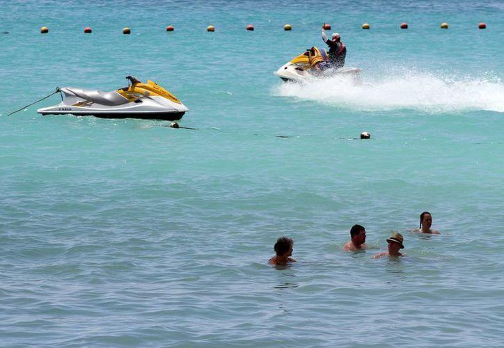Las autoridades encargadas de la seguridad en tierra, mar y aire, implementaron un operativo con buenos resultados. (Adrián Monroy/SIPSE)