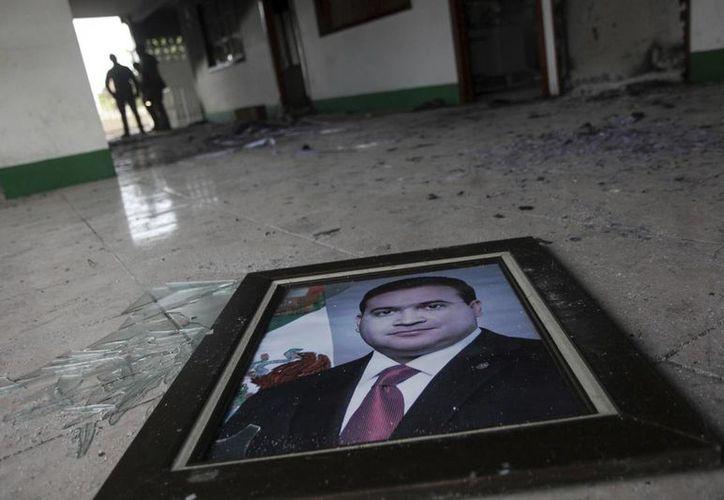 El gobierno de México reforzó la coordinación con autoridades de Centroamérica ante la posibilidad de que Javier Duarte, ex gobernador de Veracruz, haya huido hacia esa región. (AP/archivo)