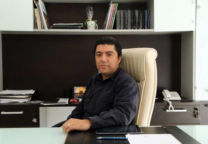 Carlos Viñas Heredia, presidente de la Canadevi Yucatán. (José Acosta/SIPSE)