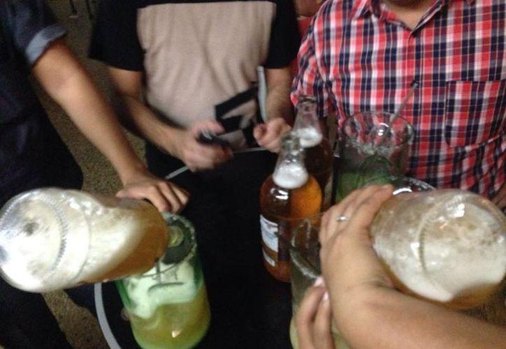 Un dato curioso que la encuesta coma en cuenta es el precio que paga cada estudiante por la cerveza. En ese rubro Mérida es la más barata de las 15 ciudades. (Facebook: La casita de paja)