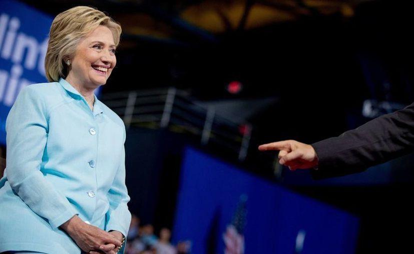 Hillary Clinton obtuvo la cantidad necesaria de votos para convertirse en la abanderada demócrata en las elecciones presidenciales de noviembre. (AP)