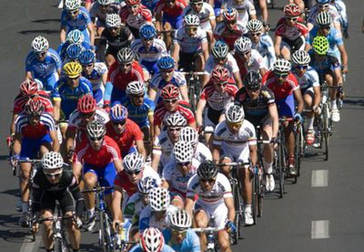 La selección mexicana, integrada por 18 competidores buscará hacer valer su condición de anfitrión. (Foto: EFE)