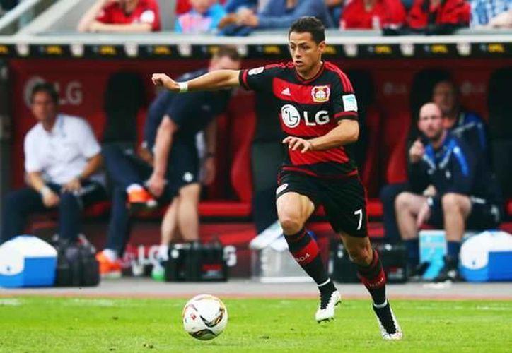 Javier Hernández llegó a dos meses sin poder anotar con el Bayer Leverkusen. El último gol del mexicano fue ante el Borussia Dortmund, en octubre.(Archivo/AP)