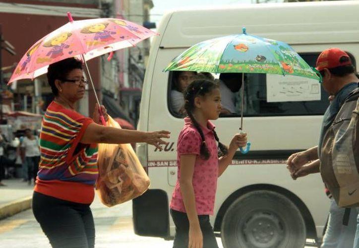 El SMN pronosticó temperaturas muy calurosas durante el día y baja probabilidad de lluvias, para la península de Yucatán. (Archivo Sipse)