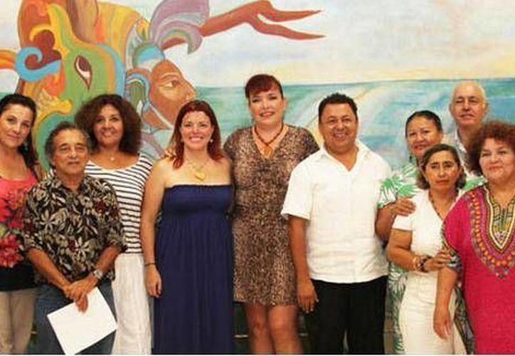 Asociaciones civiles de Cancún se suman al festejo. (Cortesía/SIPSE)