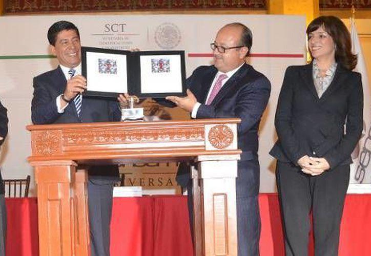 Funcionarios de Correos de México y la SCT reconocieron la importante labor de los controladores aéreos. (correosdemexico.gob.mx)