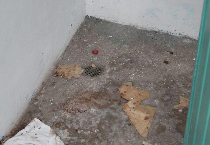 Hasta el momento no existe alguna persona que se encargue de la limpieza y el mantenimiento de los baños. (Miguel Maldonado/SIPSE)