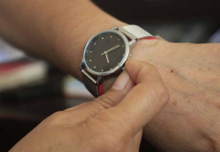 Modificar el horario ayuda a ahorrar en el uso de energía eléctrica.
