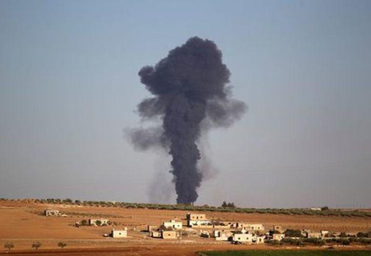 En el bombardeo perdieron la vida 19 civiles, entre ellos siete niños. (Foto: Milenio)