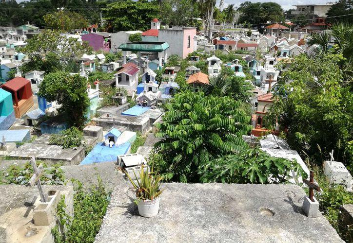 En actual cementerio ha funcionado desde 1930. (Jesús Caamal/SIPSE)