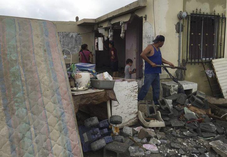 Entre las 5:30 y 6:00 de la mañana se registró un tornado categoría 4 en Ciudad Acuña. Imagen de los daños que provocó el fenómeno natural. (AP)