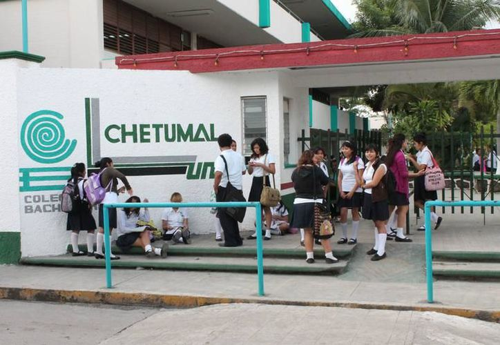 El Colegio de Bachilleres 1 de Chetumal es uno de los planteles educativos de Q. Roo que requiere reparaciones. (Redacción/SIPSE)