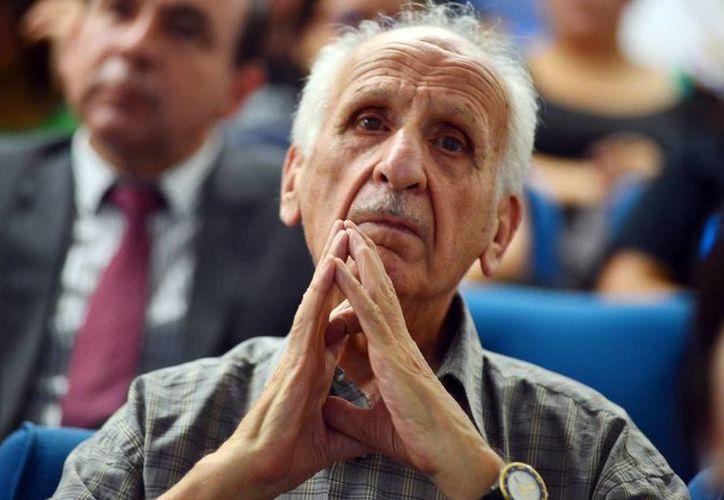 Bedrich Steiner, sobreviviente del Holocausto es el invitado de honor en el ciclo de foros universitarios de la Uady. (Milenio Novedades)