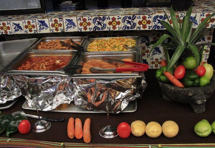 El sector productor está en negociaciones con los hoteles para comenzar a surtirles las frutas. (Tomás Álvarez/SIPSE)