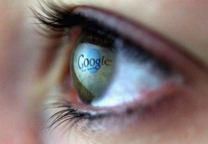 Según se informa la NSA ha usado las computadoras de Google Inc. y muchos otros servicios de internet para recabar información acerca de extranjeros que viven fuera de EU. (scrapetv.com)