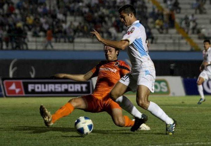 Si el CF Mérida gana de visitante este martes a Delfines puede empatar al Atlante en el liderato del grupo. (Milenio Novedades)